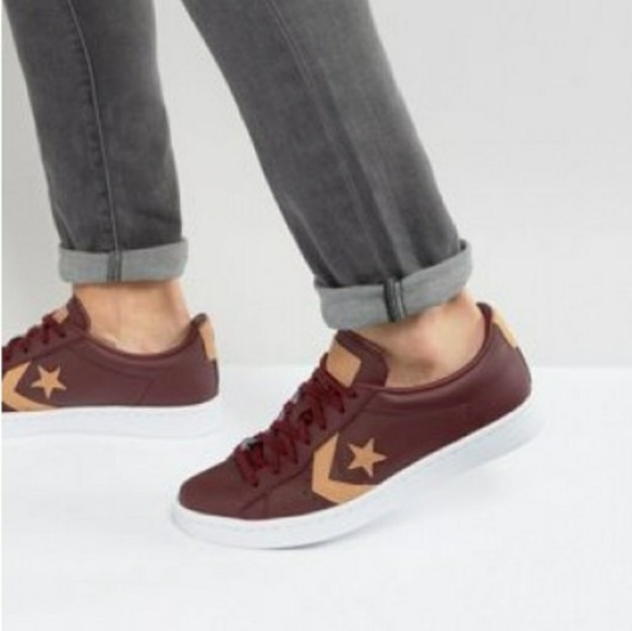 879add4a95f NWT Converse Leather Maroon Low Top Nike Lunarlon